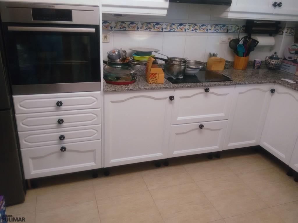 Lacado y barnizado de muebles de cocina valencia for Muebles cocina valencia